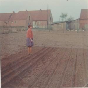 Mama im Garten